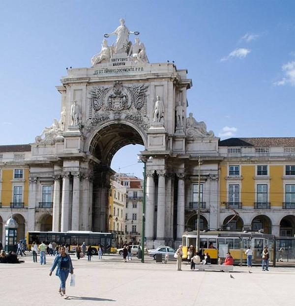 sl luk Trk na trg: Praça do Comércio, Lisabon