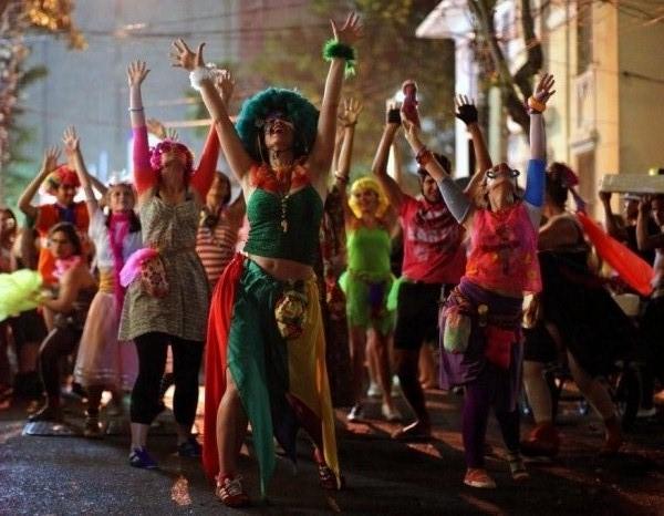 slika 327 Karneval: Parada životne radosti
