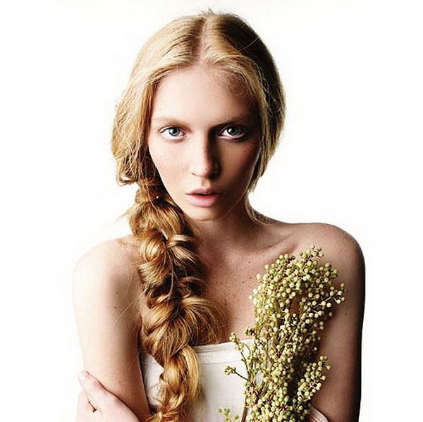 slika 39 Romantika u kosi: Savršene frizure za Dan ljubavi