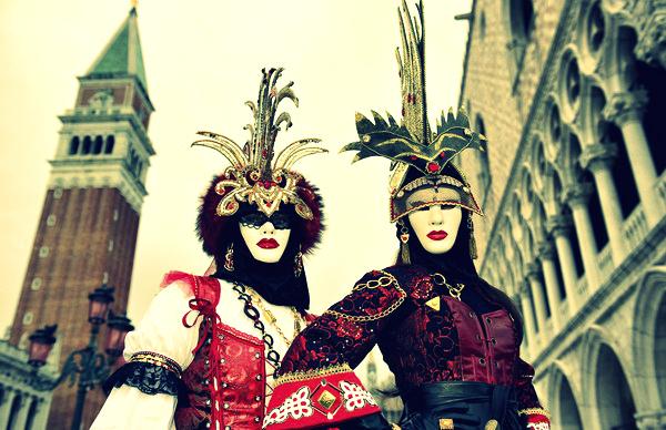 slika115 La Moda Italiana: Vreme je za karneval
