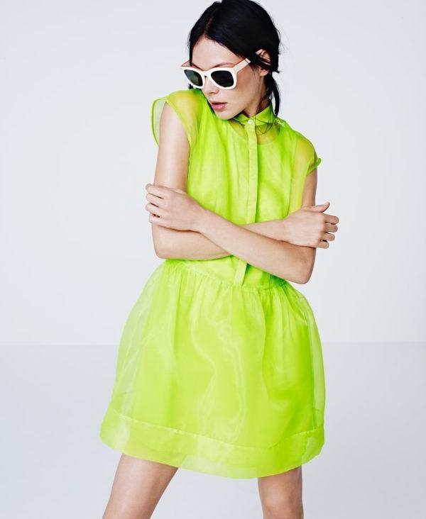 187 H&M: Jarke boje, retro i orijentalni printovi
