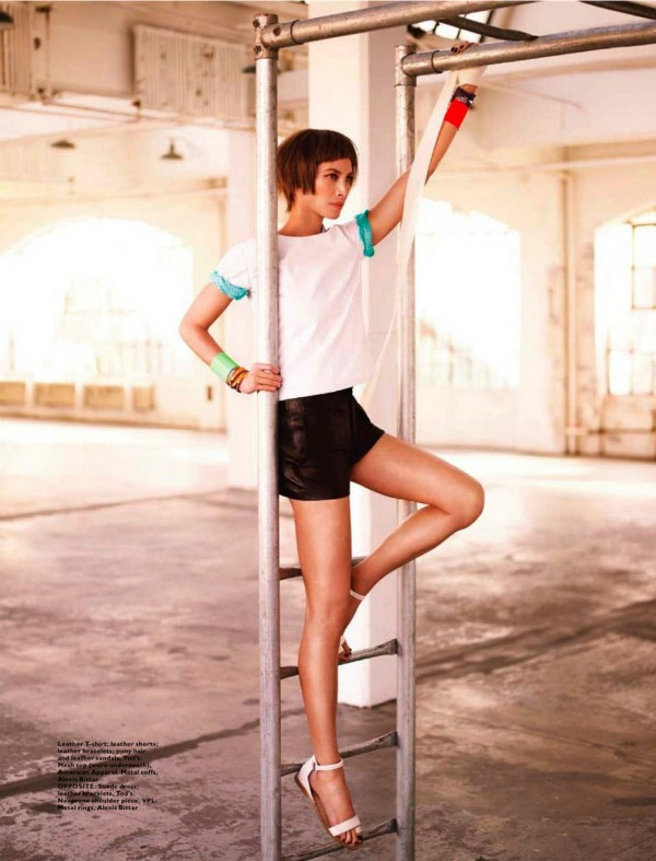 "Christy Turlington Harpers Bazaar 4 ""Harpers Bazaar Singapore"": Večno mlada Christy Turlington"