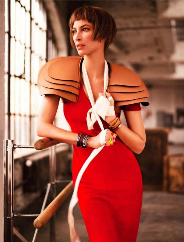 "Christy Turlington Harpers Bazaar 5 ""Harpers Bazaar Singapore"": Večno mlada Christy Turlington"