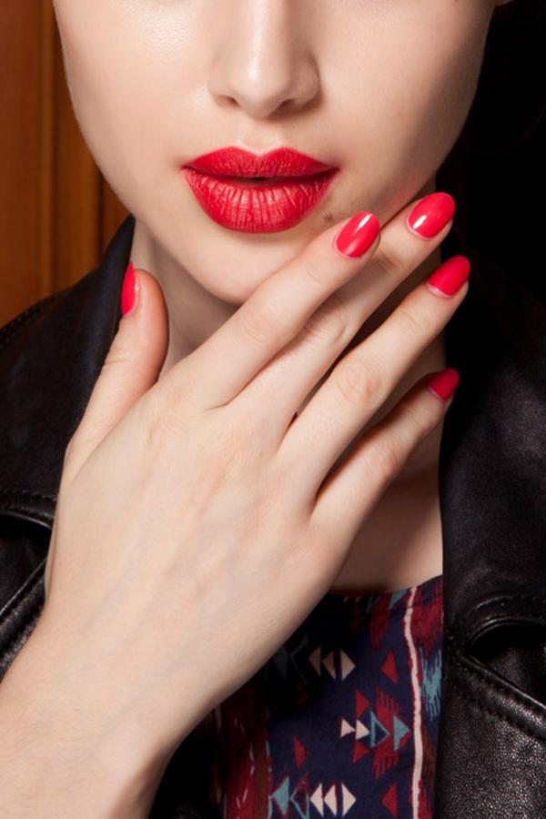 Cutest Couple Matching Nails Lips Modne piste: Pet prolećnih beauty trendova