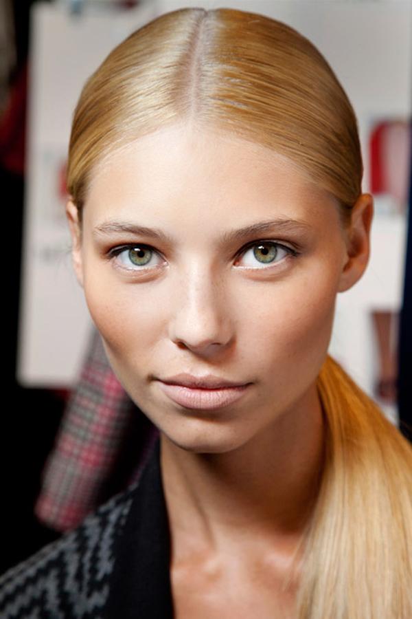 Must Try 1 Modne piste: Pet prolećnih beauty trendova
