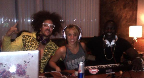Shakira 1 Shakira radi na novom albumu