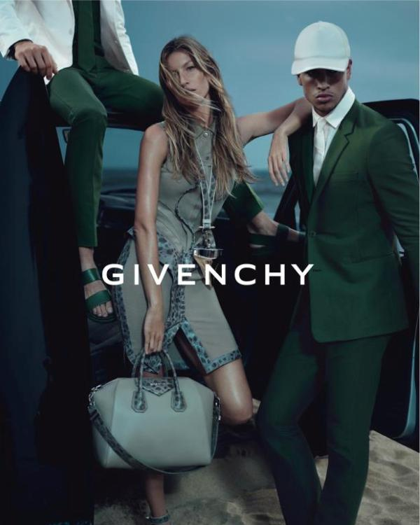 Slika 320 Givenchy: Za devojke svedeno, za muškarce raskalašno