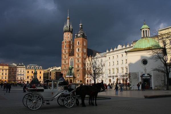 Slika215 Trk na trg: Rynek Główny, Krakov