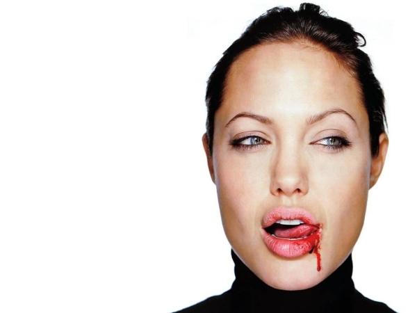 andja Trach Up: Venčali se Brad Pitt i Angelina Jolie