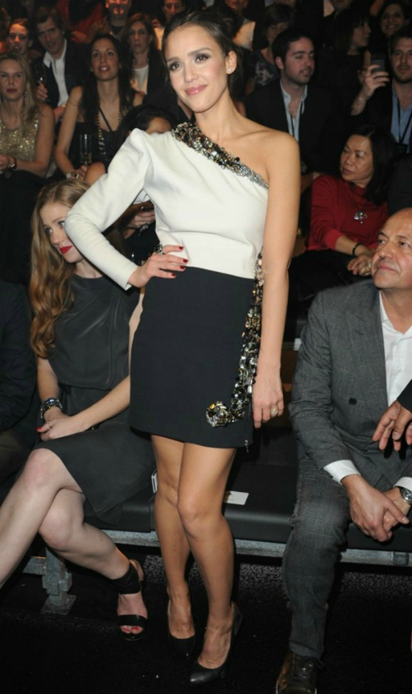 aol mydaily jessica alba l 1 Fashion Police: Megan Fox na vrhu
