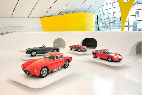 enzo ferrari museum by future systems 2 Da Vinci XXI: Čudnovati nameštaj, crvena spirala i žuti krov