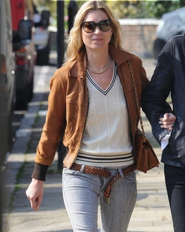 kate021 Trach Up: Da li će spasti pantalone Kate Moss?