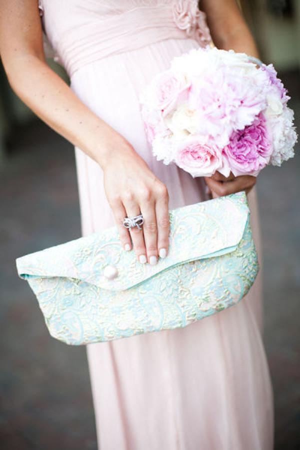 melissadan wedding 0659x600 Torbice za venčanje: Elegantne i sasvim neophodne