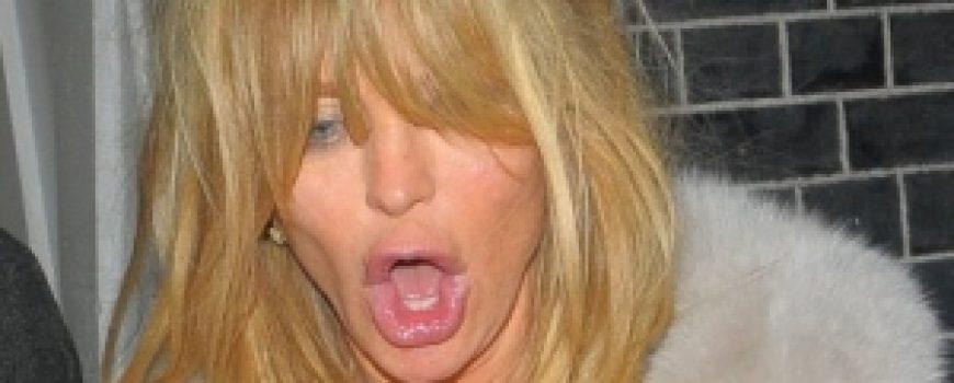 Trach Up: Goldie Hawn se provodi