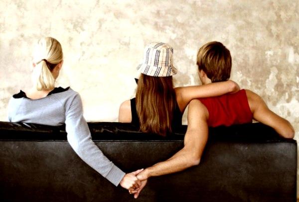 slika 235 On i ja, ja i ti, svi zajedno u koktelu ljubavi
