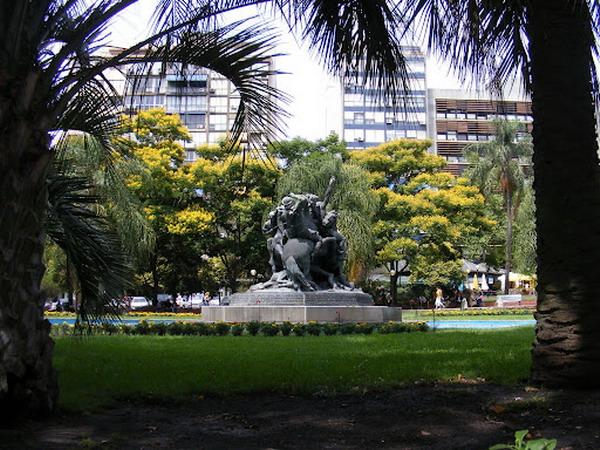 zeleno Trk na trg: Plaza del Entrevero, Montevideo
