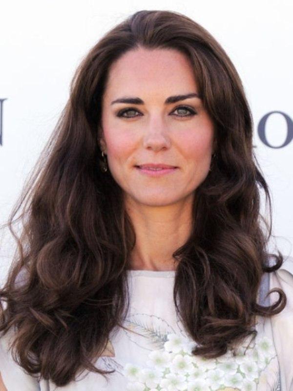 1. Princeza je vi e puta progla ena za osobu od stila Pet najpopularnijih frizura za dugu kosu