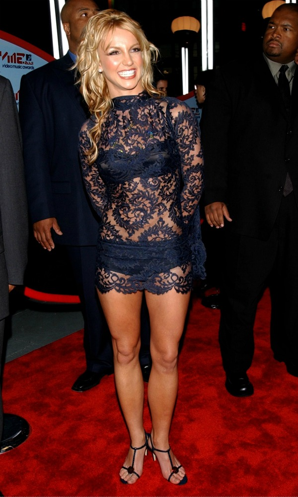 1012 10 odevnih kombinacija: Britney Spears