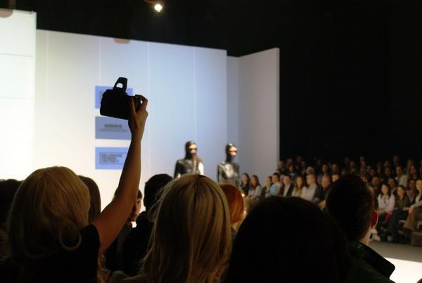 341 Fashion Week: Revije, bekstejdž i atmosfera
