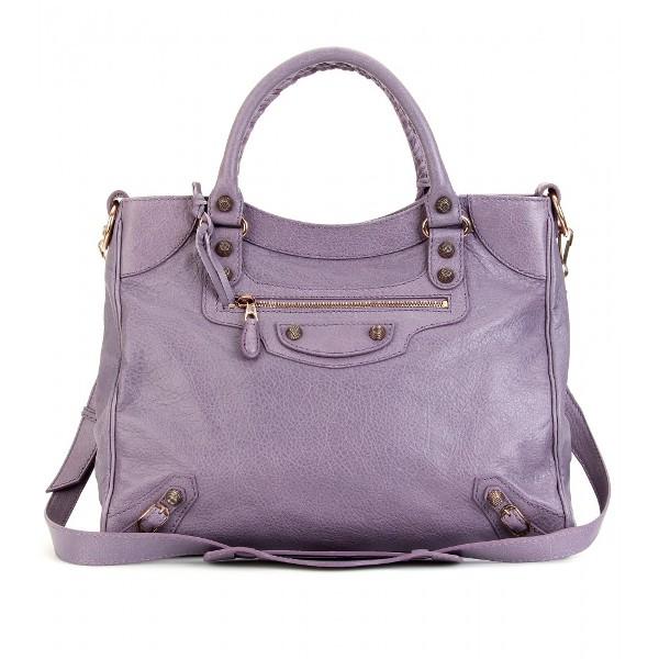 424 Šta tvoja torba govori o tebi?