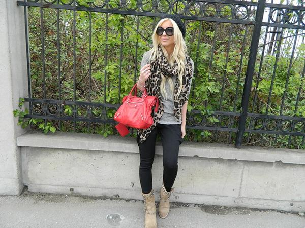 7056957099 8f4a02e8f8 z Modni blogovi: Print, velike torbe i kožne jakne