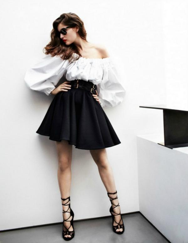 "Laetitia Casta by Mario Testino for Vogue Paris May 2012 6 ""Vogue Paris"": Laetitia Casta zrači seksepilom"