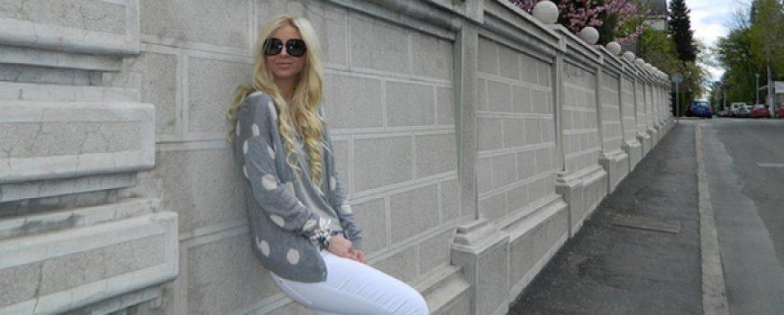 Modni predlozi Zorane Jovanović: Pantalone, rese i print