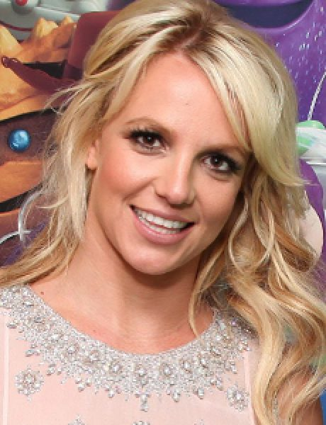 10 odevnih kombinacija: Britney Spears