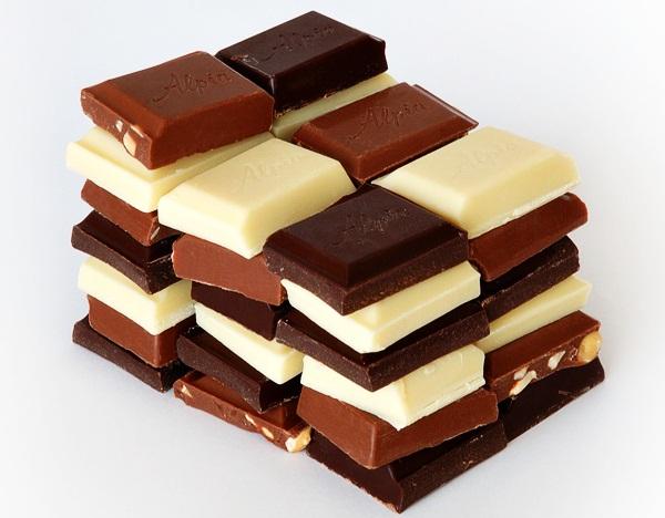 SLIKA 1.jpg Slatka istorija čokolade