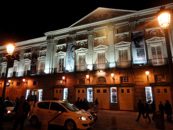 Slika310 Trk na trg: Plaza de Santa Ana, Madrid