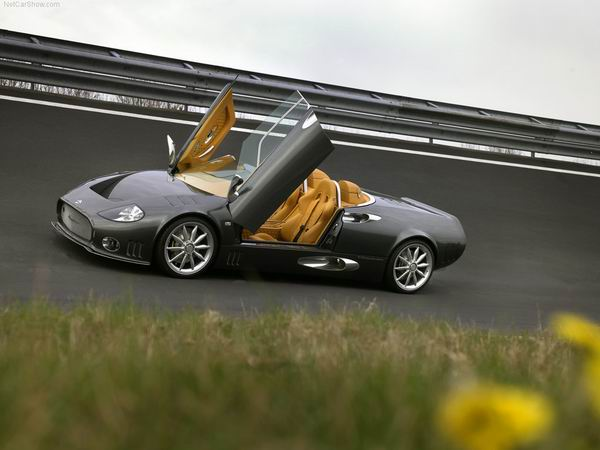 Spyker C12 LaTurbie 2006 1024x768 wallpaper 01 200km/h: Cameron Diaz, rat, debeli Mercedes i opasna dama