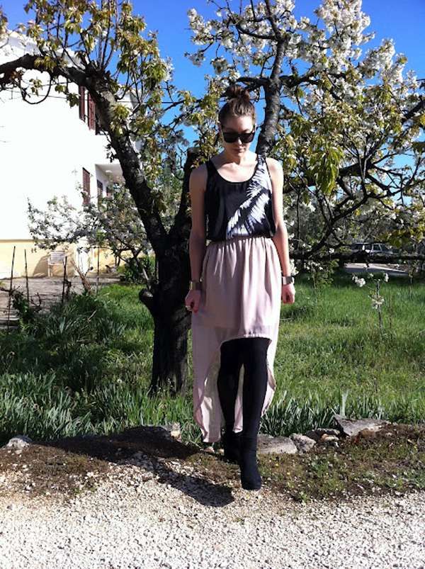 fotografija 1 Modni blogovi: Svedene odevne kombinacije