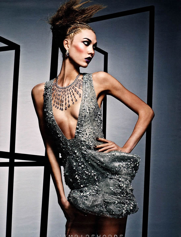 karlie w 2 W Magazine: Visoka moda