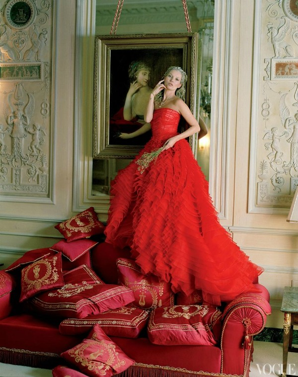 """katemossvogueusapril20121 """"Vogue US"""": Romantična pariska bajka"""