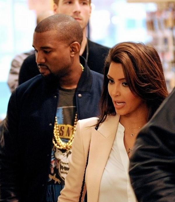 kimk1 Trach Up: Kim Kardashian je pala na dno dna
