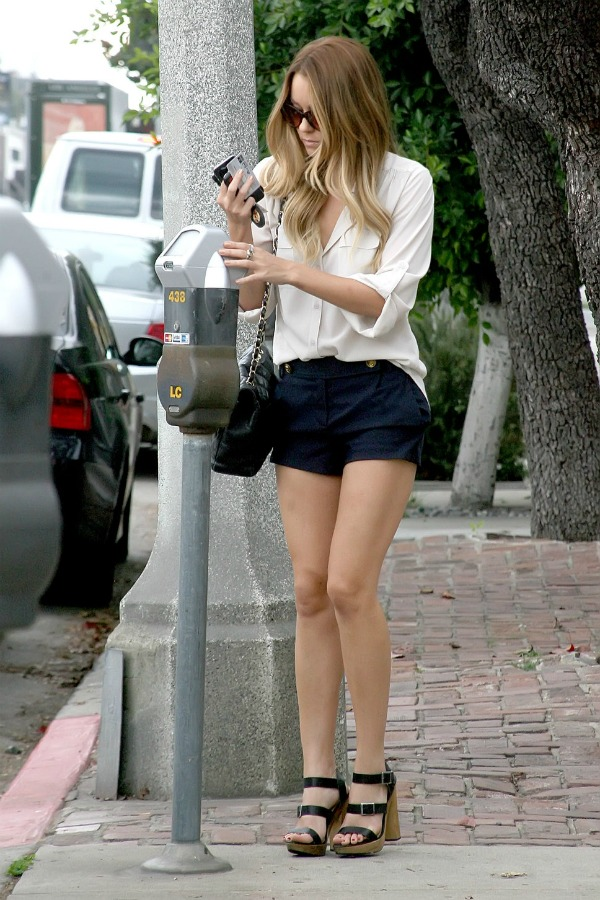 lc4 Street Style: Lauren Conrad