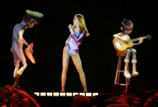 madonna12 Coachella 2012: Nastupio i Tupac
