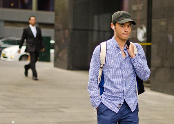 tumblr m1fhieQ0oz1qbzysn Street Style: Zgodni momci šetaju ulicom