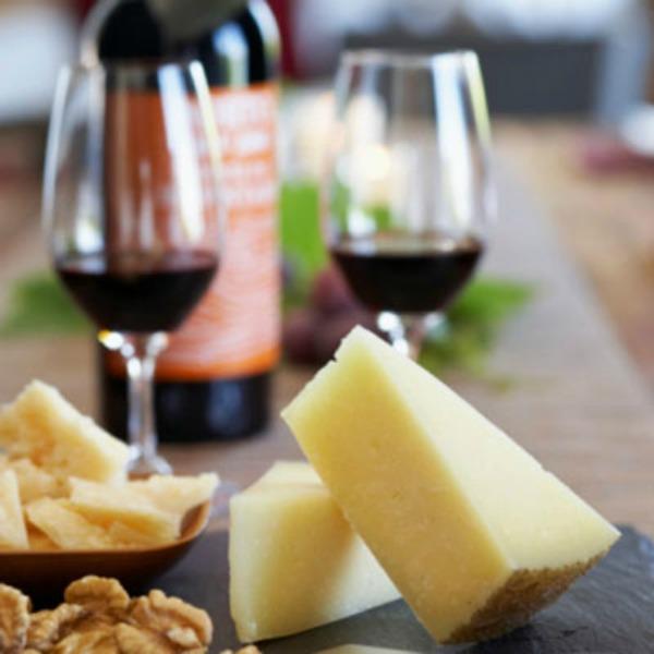 wine cheese intro xl1 Bref: Tračara na francuski način