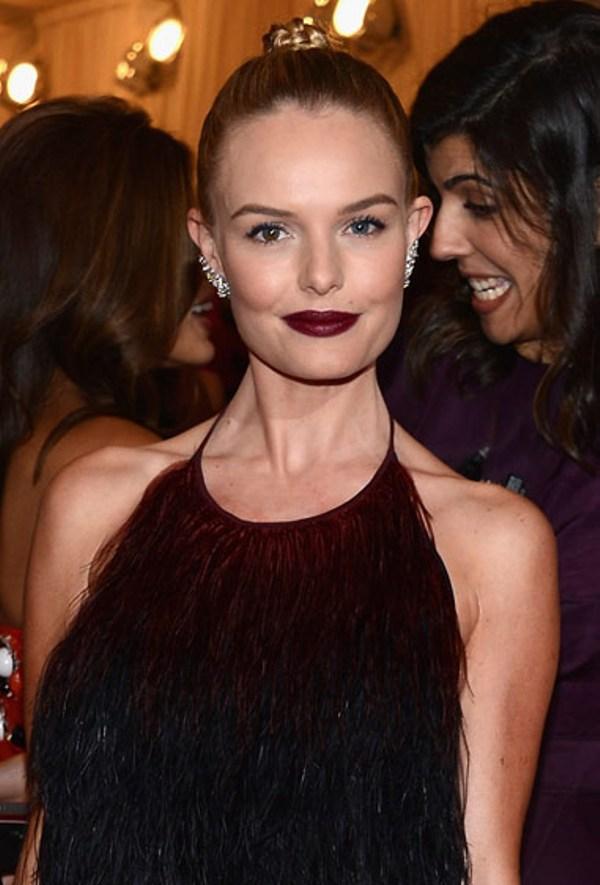 1. Kate Bosworth je uklopila boju ruza sa haljinom Beauty trend: Tamnije usne