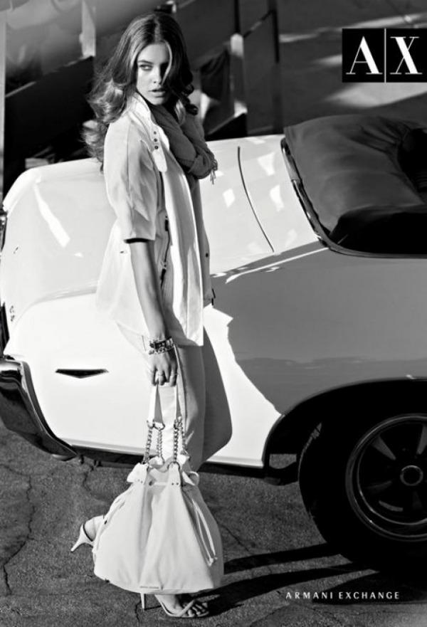 226 Armani Exchange: Moderni crno beli par