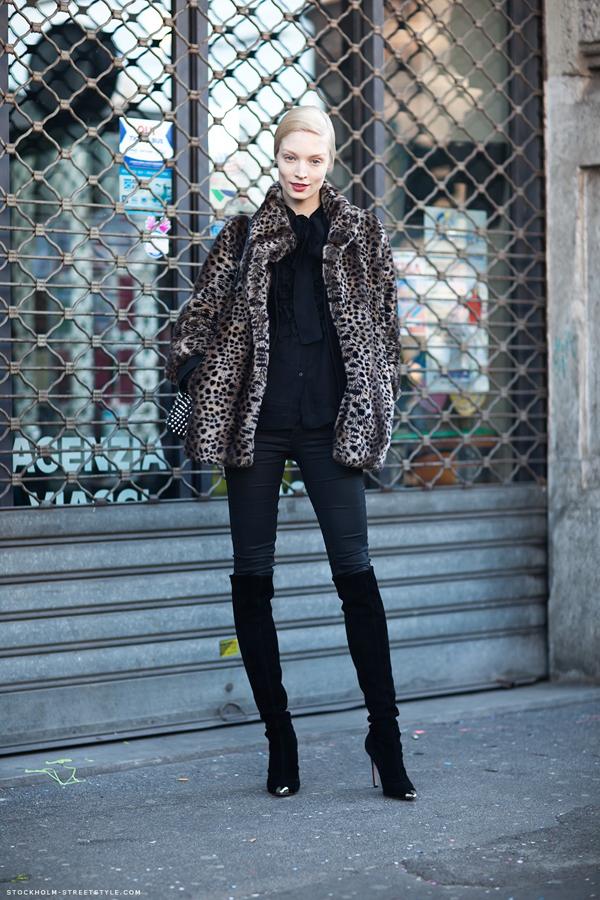 236536 980 Street Style: Dame šetaju ulicom