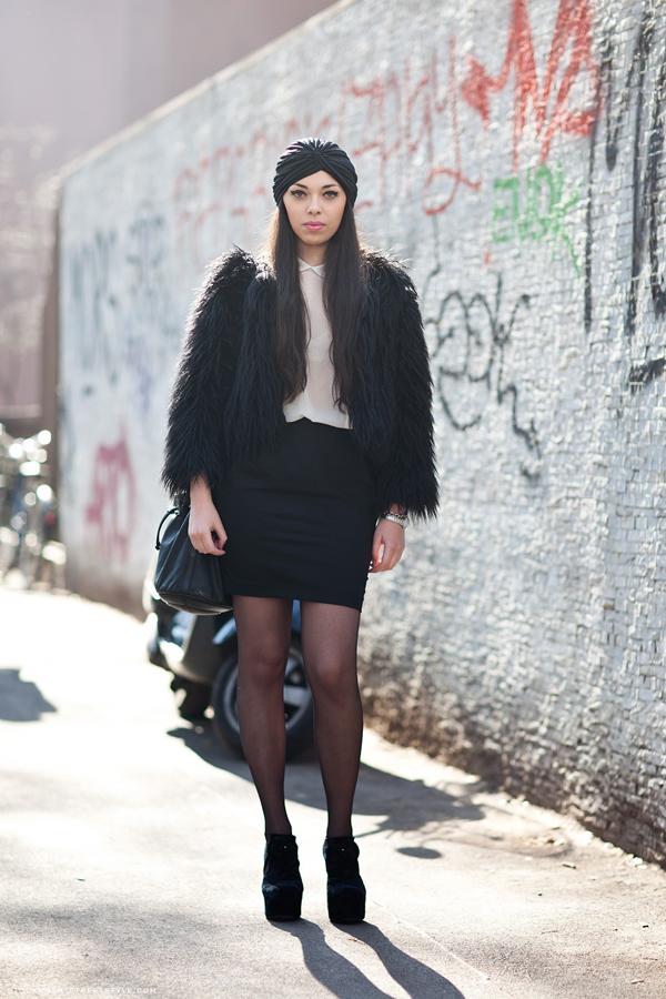 236640 980 Street Style: Dame šetaju ulicom