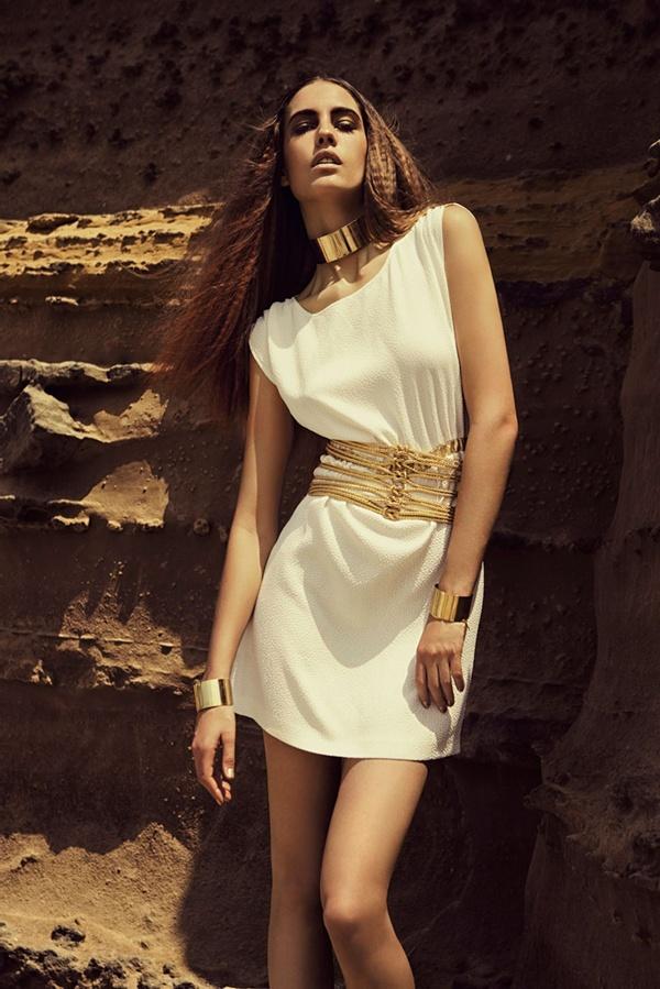 "255 ""Fashion Gone Rogue"": Zlatna prašina"