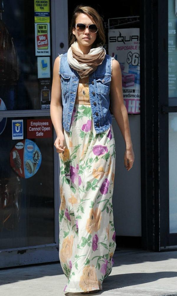 522 Street Style: Jessica Alba