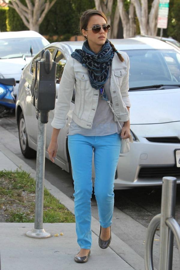 711 Street Style: Jessica Alba