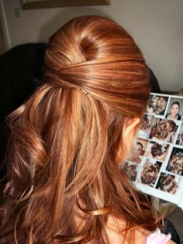 8. Natapiran gornji deo kose je jako elegantan Najefektnije maturske frizure
