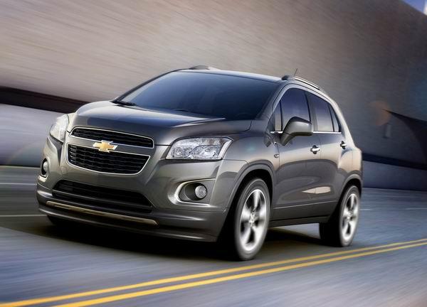Chevrolet Trax 2014 200km/h: Jessica Alba i... kud ćeš više?