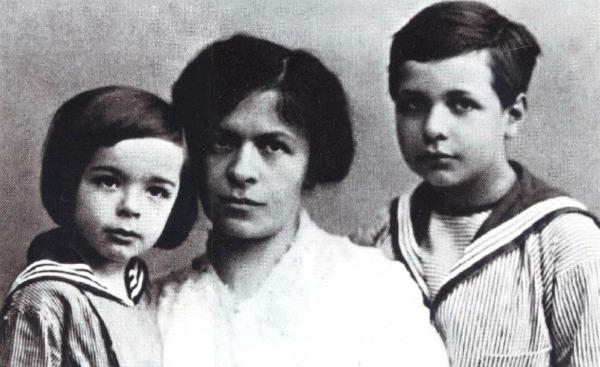 Deca i Mileva Oni su se voleli: Albert Einstein i Mileva Marić