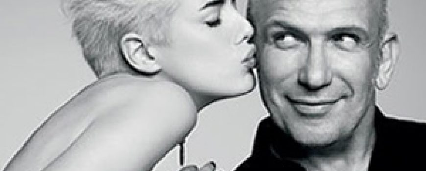 Modni zalogaj: Jean-Paul Gaultier ne zna da se obuče!
